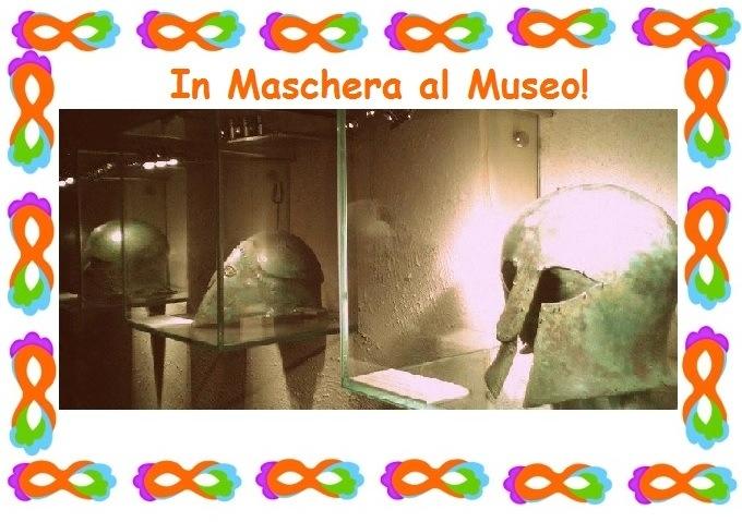 in maschera al museo